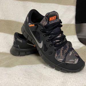 Youth Nike Free Runs 5.0 Sneaker